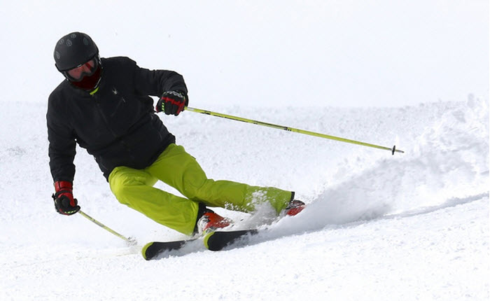 A Quick Guide to Downhill Skiing